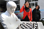 Chinese Championship 2012 – Two teens lead