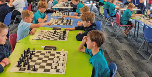 Maraetai Beach School students head to national chess competition